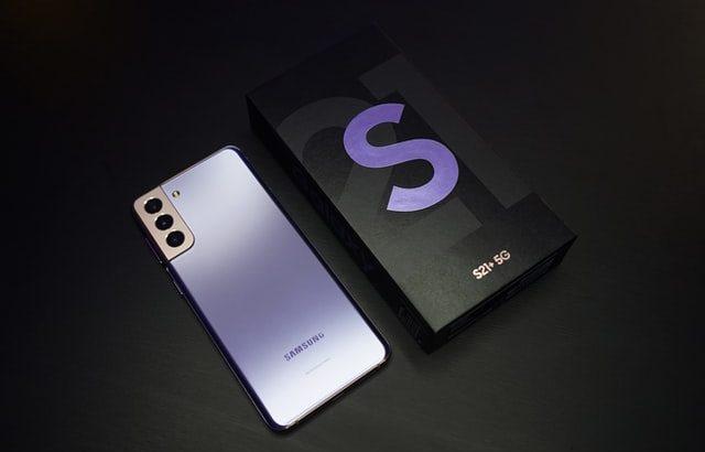 GalaxyS21シリーズのスペックや特徴は?S20シリーズとの違いも紹介